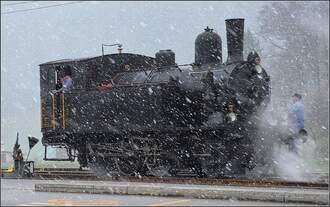Titelbild Winterdampffahrten Emmental 2018 des Vereins historische Emmentalbahn.